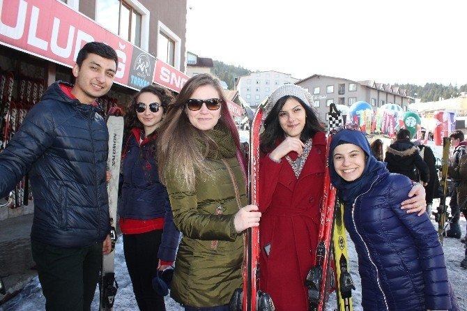 Sağlıkçılar Uludağ'da Stres Attı