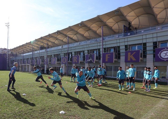Osmanlıspor'da Trabzonspor Maçı Hazırlıkları Başladı