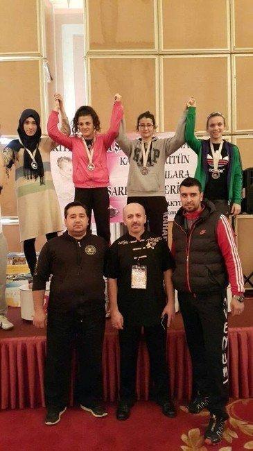 Şehzadeler Wushu'da Türkiye 3'üncüsü Oldu