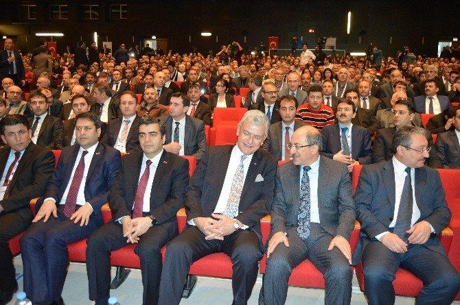 Bakan Bozkır 'Sivil Toplumla Diyalog Toplantısı'na Katıldı