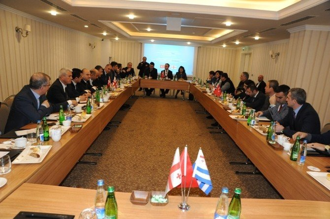 """Batum'da """"Acara- Doğu Karadeniz Spor Çalıştayı"""""""