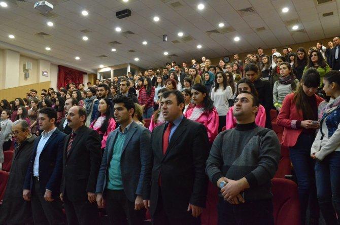 Hocalı Soykırımı yıl dönümünde Kafkas Üniversitesi'nde anma programı düzenlendi