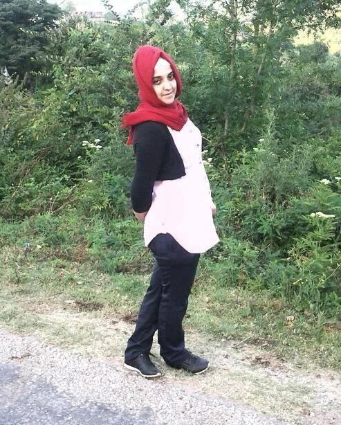 Eşi Tarafından Öldürülen Genç Kadın Toprağa Verildi