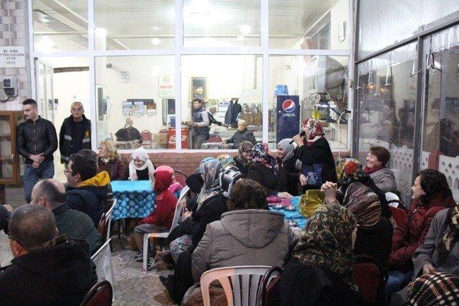 Başkan Işık Çavukköy'de Vatandaşlar İle Bir Araya Geldi