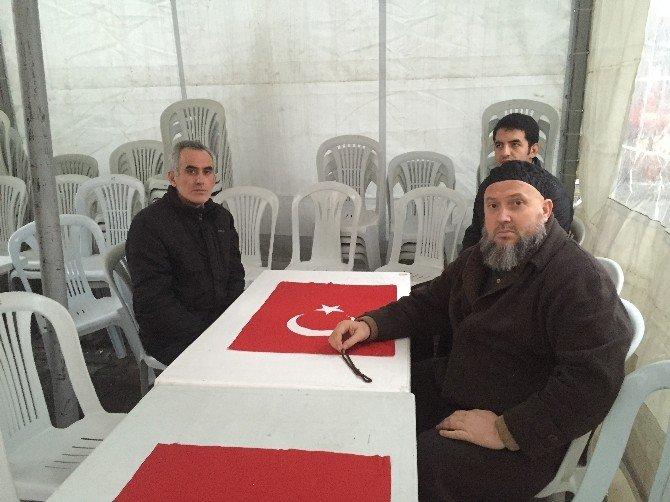 """Türkmendağı'nda Şehit Olan Ülkücü Gencin Ağabeyi: """"Kardeşim İyi Bir Yolda Şehit Oldu"""""""