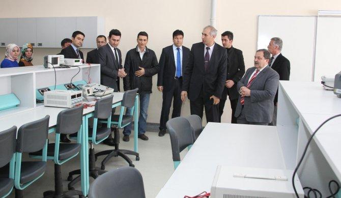BEÜ Elektrik Elektronik Mühendisliği Bölümü laboratuvarları hizmete açıldı