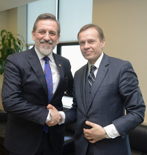 Litvanya Büyükelçisi'nden BTSO'ya Övgü