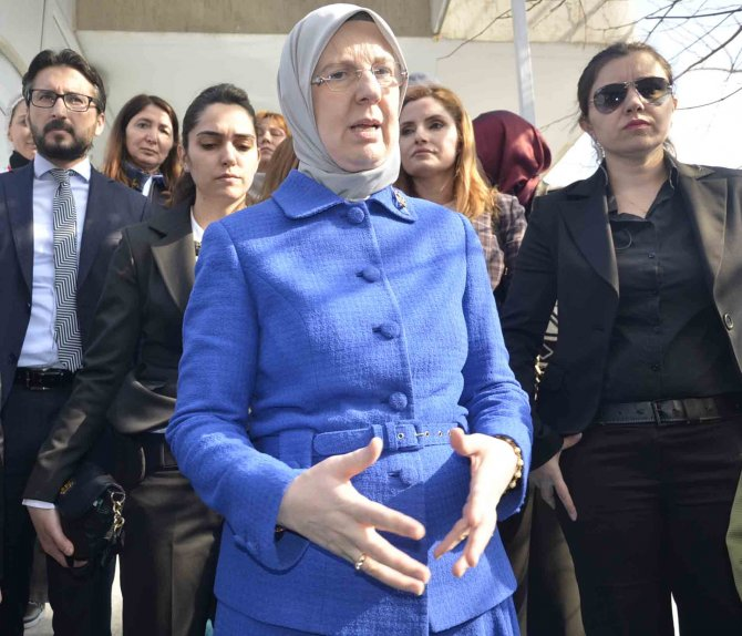 Bakan Ramazanoğlu: Çocuk istismarına en ağır ceza için davanın takipçisiyiz