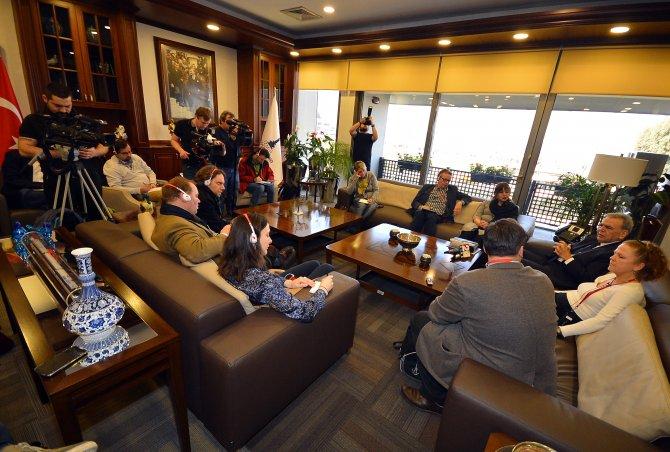 Başkan Kocaoğlu'ndan 'kavimler göçü' uyarısı