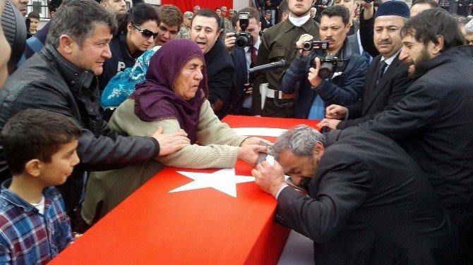 Adıyamanlı Şehit Kürtçe Ağıtlarla Son Yolculuğuna Uğurlandı