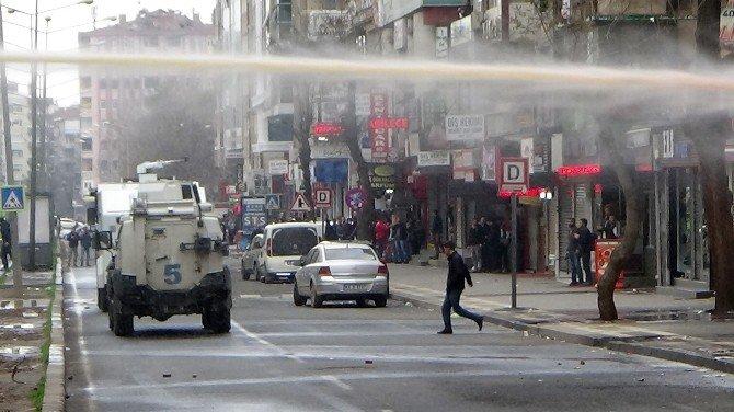 Diyarbakır'da Olaylar Çıktı: 2'si Gazeteci, 3 Kişi Yaralandı