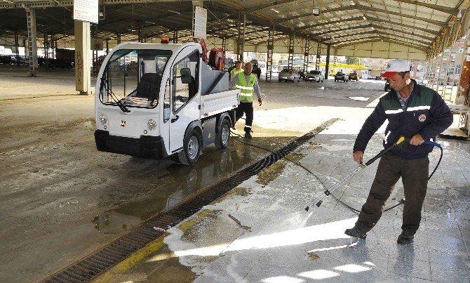 Döşemealtı Temizlik İşleri Yeni Araçlarla Güçlendirildi