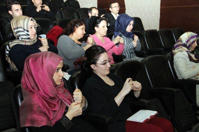 Esenyurt'ta Engelsiz Hizmet İçin Eğitim Programı
