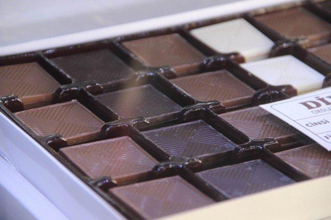Hamilelikte Bitter Çikolata Bebeğin Gelişimi Artırıyor
