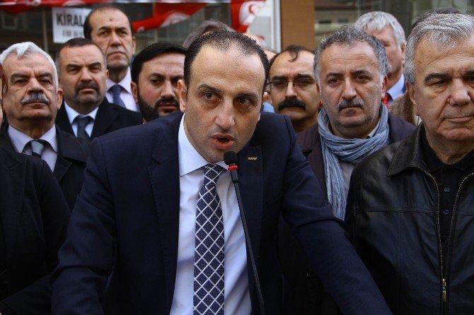 Görevden Alınan Samsun MHP İl Teşkilatı Basın Açıklaması Yaptı