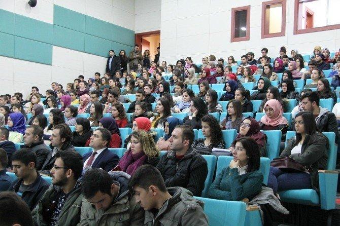 Niğde Üniversitesinde, Gıda Güvenliği Uygulamaları Ve Süt Sektörü Konulu Panel