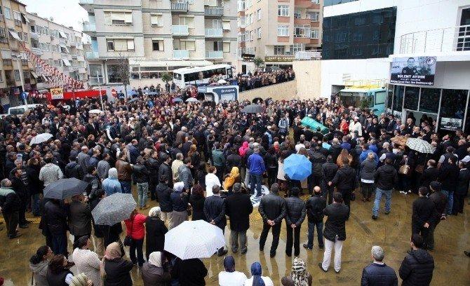 Belediye Personeli Bülent Aydın Gözyaşları İçinde Son Yolculuğuna Uğurlandı