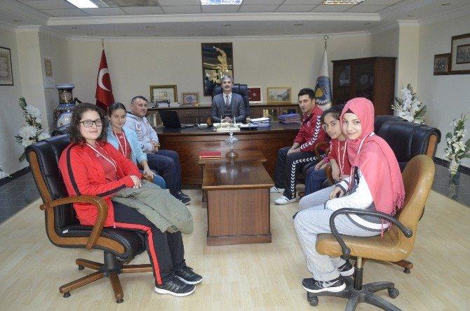 Başkan Şirin Balkan Şampiyonası Temsilcilerini Ağırladı