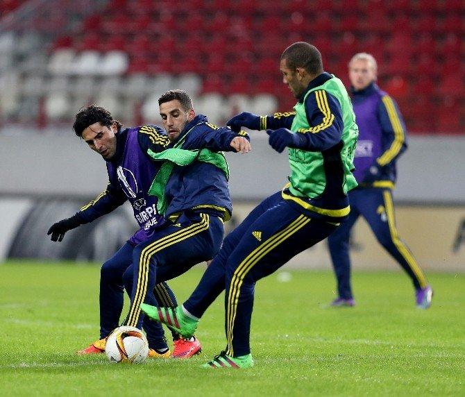 Fenerbahçe, Lokomotiv Maçı Hazırlıklarını Tamamladı