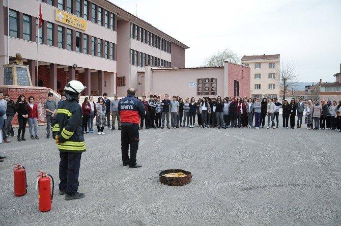 Fen Lisesi Öğrencilerine Yangın Eğitimi