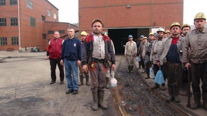 Madenciler, terör şehitleri ve maden şehitlerini andı