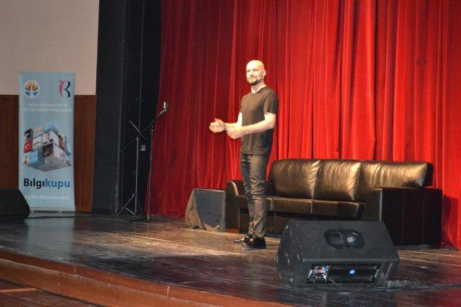 Atalay Demirci belediye personelini güldürdü