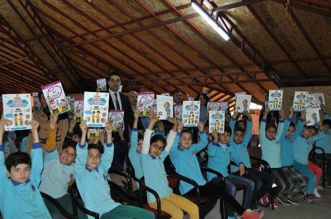 Alanya'da Engelli Farkındalığı İçin Kitap Dağıtılacak