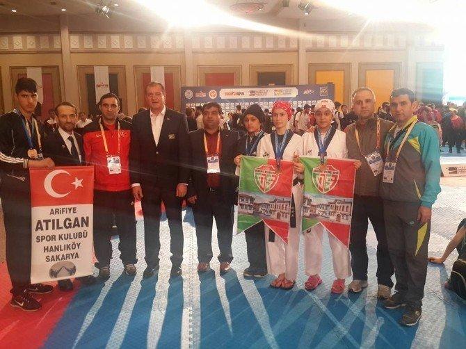 Osmanelili Tekvandocuların Başarısı