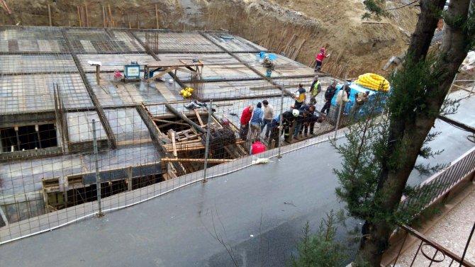 Bursa'da inşaatta göçük: Bir işçi ağır yaralandı