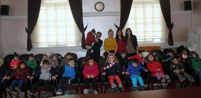 Anaokulu Öğrencilerinden Belediye'ye Ziyaret