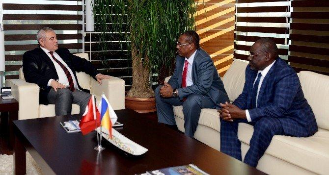 Çad'dan Antalyalı İş Adamlarına Yatırım Daveti