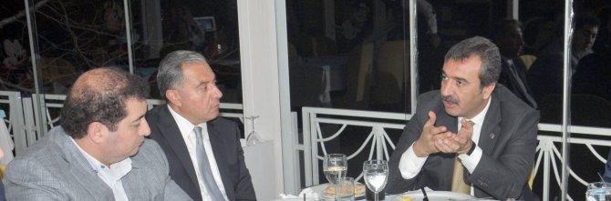 Başkan Çetin, işadamlarından 'Çukurova'nın Filizleri' için destek istedi