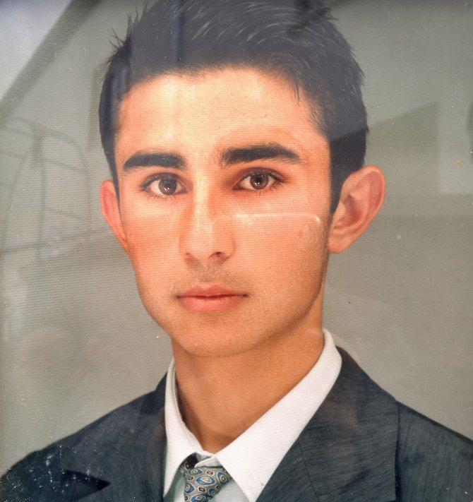 Şehit Astsubay Burhan Kaplan'ın acı haberi ailesini gözyaşlarına boğdu