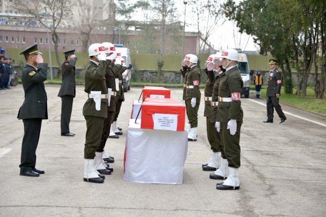 Sur'da dün şehit olan iki uzman çavuş için uğurlama töreni yapıldı