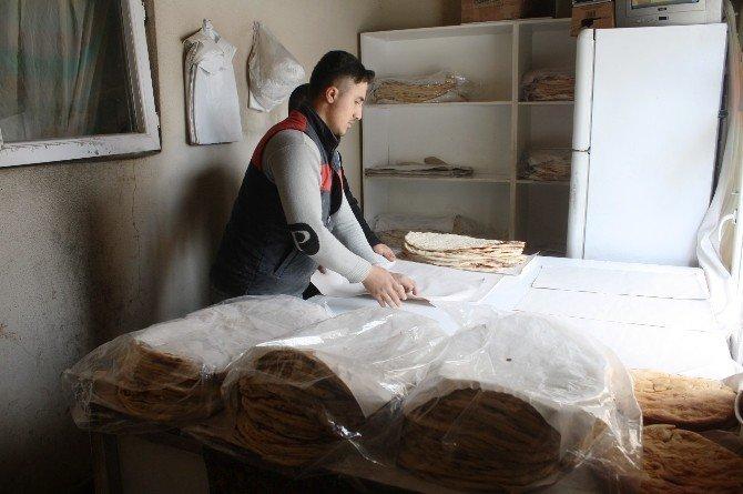 Hasköy'de Tandır Ekmeğine İlgi