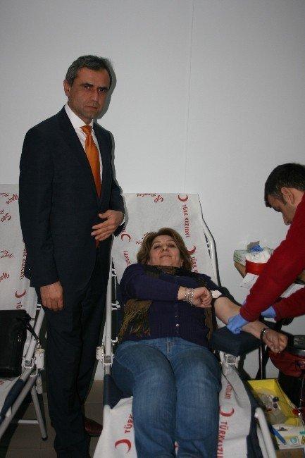 Vergi Memurları Kan Bağışında Bulundu