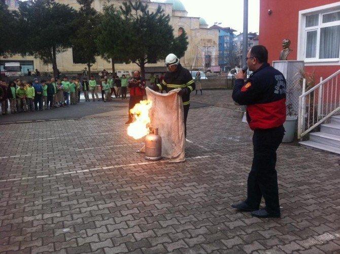 İtfaiyeden Okullarda Yangın Tatbikatı