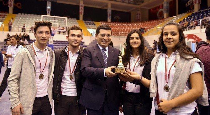 Kepezli Öğrenciler Dart Turnuvasında Yarıştı