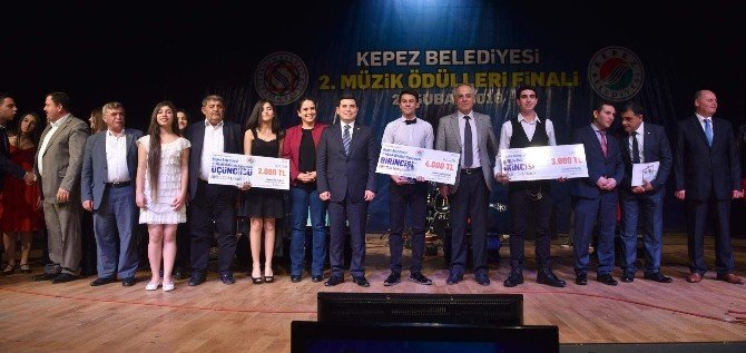 2. Kepez Müzük Ödülleri Sahiplerini Buldu