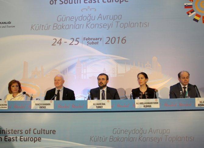 Bakan Ünal: Sur'daki tarihi eserler konusunda UNESCO bilgilendirildi