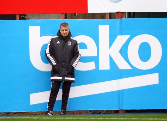 Beşiktaş, Fenerbahçe maçı hazırlıklarını sürdürdü