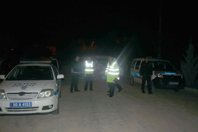 Şüpheli araçla polis kovalamacası yaşandı