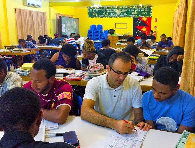 Papua'daki Türk okulu, üniversite sınavında ülke birincisi oldu
