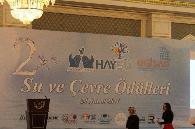 Şanlıurfa'nın Eyyübiye Belediye Başkanı Mehmet Ekinci'ye Anlamlı Ödül