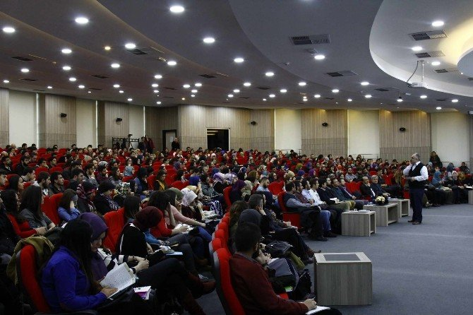 Sakarya Üniversitesi'nde Kahramanlık Sarmalında Bilim Tarihi