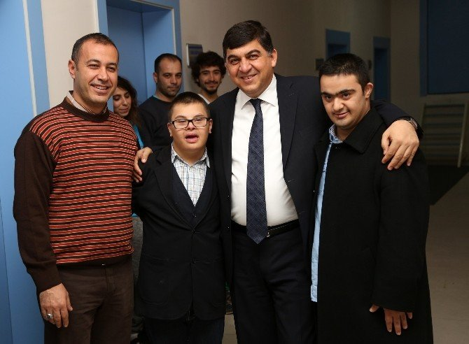 Şehitkamil'de Özel Başarılar Devam Ediyor