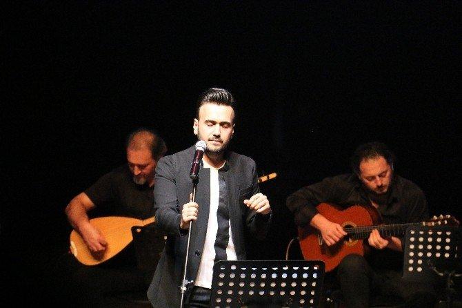 Necdet Kaya Zeytinburnu'nda Sevenleriyle Buluştu