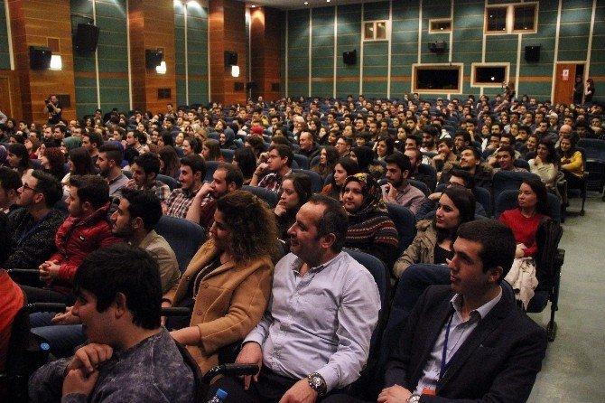 Hayrettin, Anadolu Üniversitesi'nde Kırdı Geçirdi