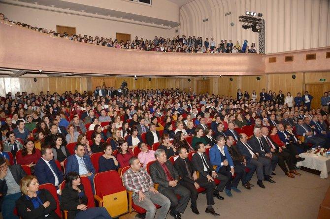 Atalay Demirci, büyükşehir personelinin stresini aldı