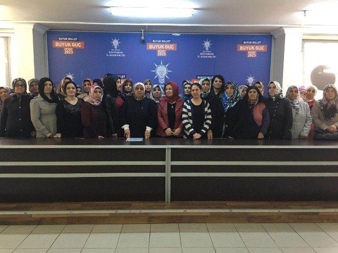 AK Partili Kadınlar Hocalı Katliamını Andı